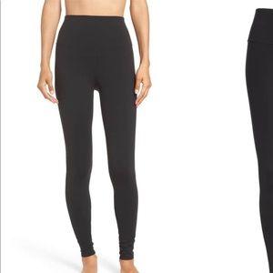 Pants - ALO YOGA NWT XS Black High Waist Airbrush Legging